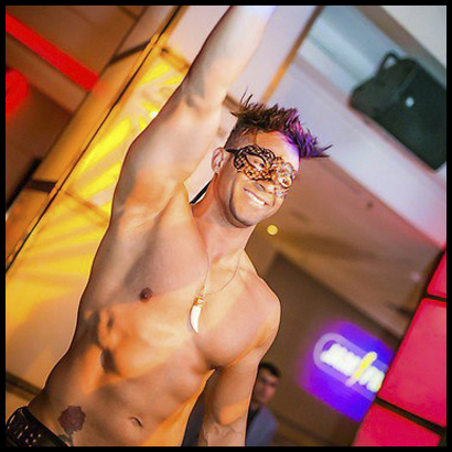 Stripper Junior aus Berlin